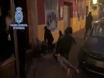 Detenido en Huelva el padre que se fugó con su hijo de 8 años