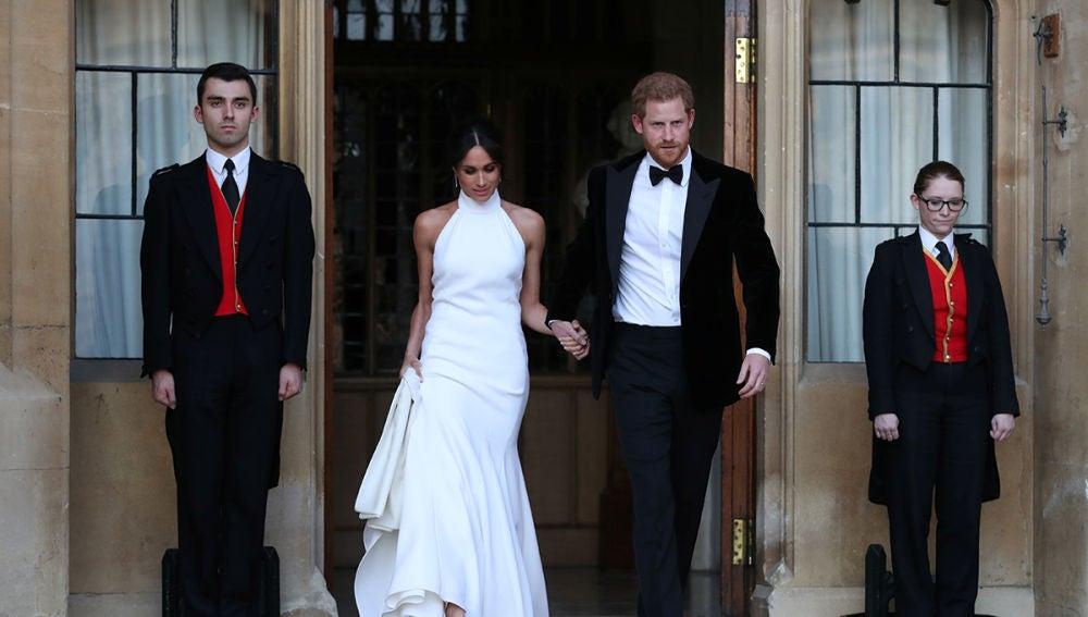 Los duques de Sussex se cambian de ropa para la segunda recepción en su boda