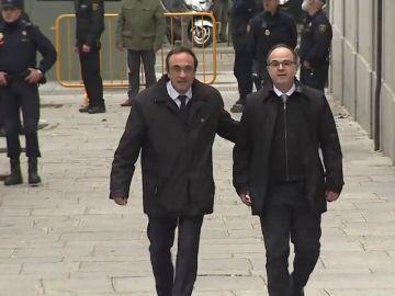 El juez Llarena prohíbe a Josep Rull y Jordi Turull ir a tomar posesión al ver potenciado el riesgo de reiteración delictiva
