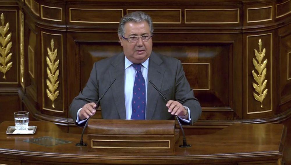 Zoido se preocupa por los obreros que podrían estar atrapados en un derrumbe en Madrid
