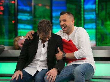 Jordi Alba gana por goleada a Pablo Motos en el juego de Trancas y Barrancas