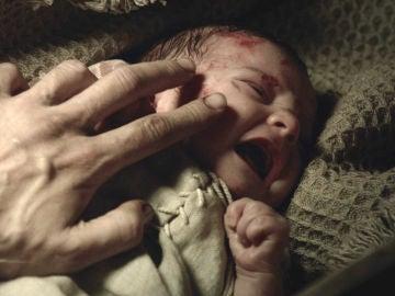 El nacimiento de Arnau Estanyol, el instante más feliz de la vida de Bernat