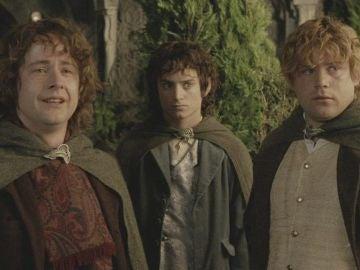 Los hobbits favoritos de Tolkien: Pippin, Frodo, Sam, ir al cine y leer