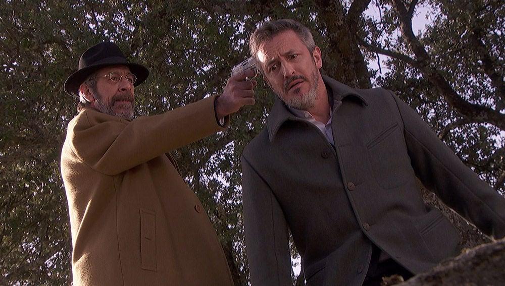 """El general, a Alfonso: """"Su mujercita no le ha contado los ratos de gozo que nos dio"""""""