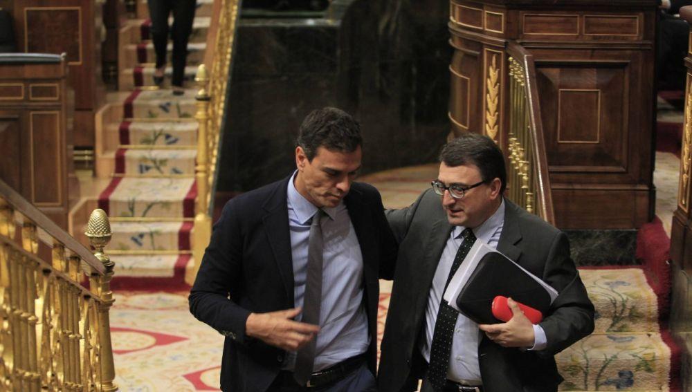 Pedro Sánchez y Aitor Esteban