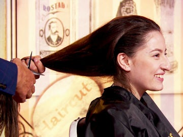 Jesulín de Ubrique destroza el pelo de dos personas del público en 'La noche de Rober'