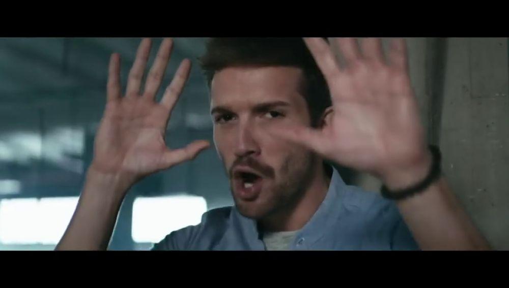 <p>Pablo Alborán estrena videoclip: 'La llave', junto a Piso 21 </p>