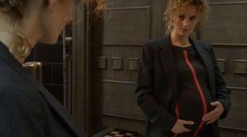 Mónica Gaztambide, a punto de dar a luz, cuenta el duro momento en el que Denver fingió matarla en 'La casa de papel'