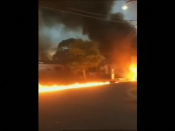 Un avión ligero se estrella en una zona residencial en Melbourne, Australia