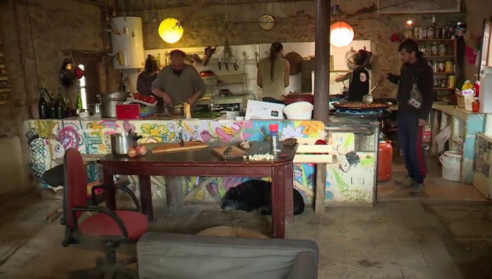Los okupas de pueblo abandonado de Fraguas en Guadalajara han sido condenados a año y medio de prisión