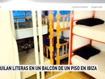 Alquilan literas en un balcón de un piso en Ibiza