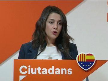 """Ciudadanos pedirá la comparecencia Pedro Sánchez para aclarar """"sus hipotecas"""" con los partidos separatistas que le apoyaron"""