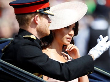 Meghan Markle y el príncipe Harry en la 'Trooping The Colour'