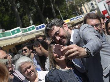 El ministro Maxim Huerta, en la Feria del Libro