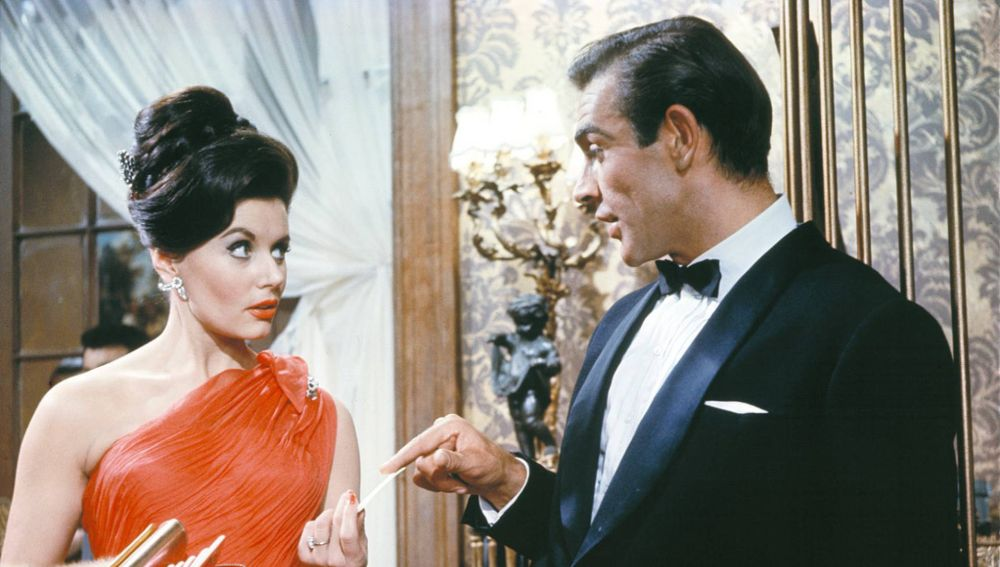 Eunice Gayson y Sean Connery, el primer James Bond junto a la primera chica Bond