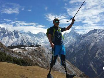 """Xia Boyu, el alpinista que subió al Everest sin dos piernas: """"Iba tan concentrado que ni asimilé el logro"""""""