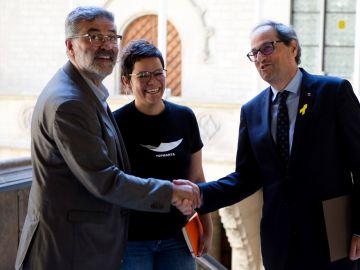 El presidente de la Generalitat, Quim Torra, se reunió esta tarde con los diputados de la CUP Carles Riera y Natàlia Sànchez