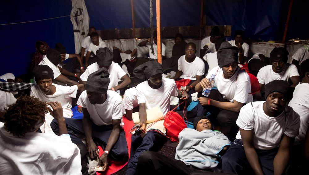 Los 629 inmigrantes que han sido trasladados al barco 'Aquarius'