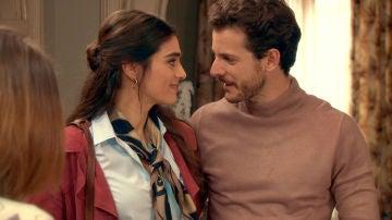 Vicky y Javier dan un paso más en su relación