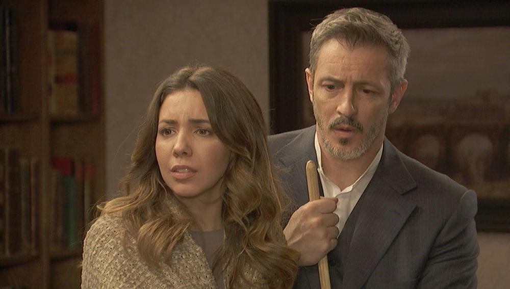 Emilia y Alfonso, a un paso de ser descubiertos