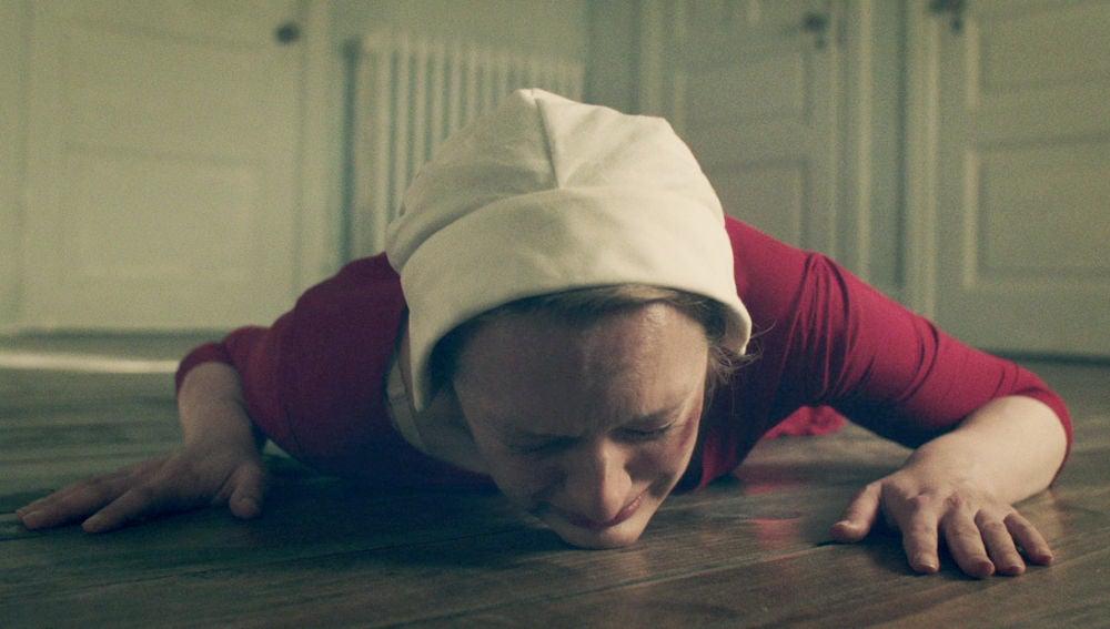 La serie de éxito 'El cuento de la criada' se estrena el martes en Antena 3