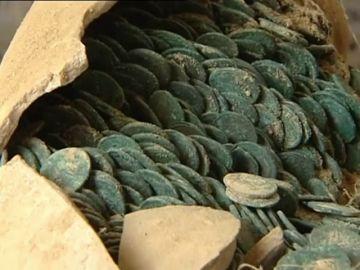 Premio para los trabajadores de Tomares por encontrar un tesoro romano