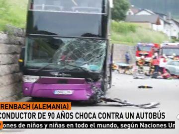 Nueve adolescentes han resultado heridos leves en un accidente de autobús en Alemania