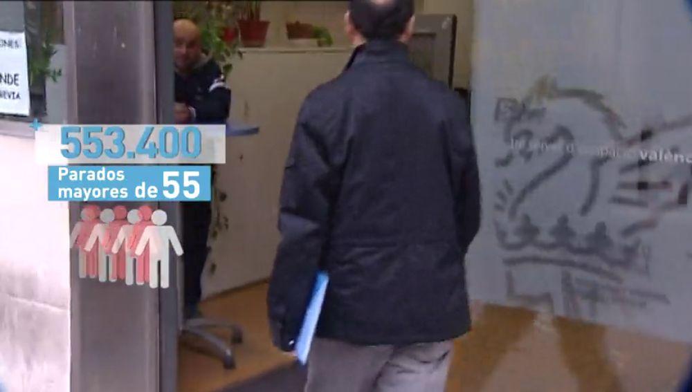 Más de la mitad de los currículums de los trabajadores mayores de 55 años son descartado