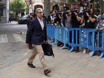 Diego Torres a su llegada a la Audiencia de Palma