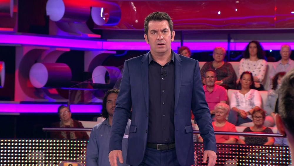 La tentadora invitación a Arturo Valls en '¡Ahora Caigo!'