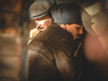 Emilia y Alfonso huyen de Puente Viejo con una noticia inesperada