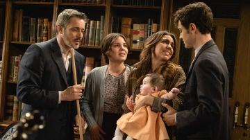 La triste y emotiva despedida de Emilia y Alfonso a su familia