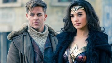 Chris Pine y Gal Gadot en 'Wonder Woman'