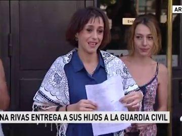 Juan Rivas, tras 28 días desaparecida, entrega a sus hijos a la justicia