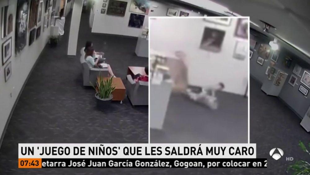 La compañía de seguros de un museo reclama 114.000 euros a una familia cuyos niños rompieron una escultura que no puede ser reparada