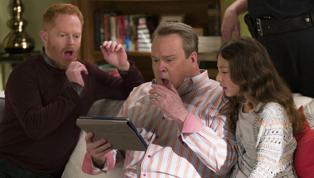 Modern Family - Temporada 8 - Capítulo 8: La alianza
