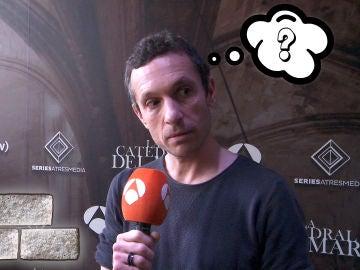 Pablo Derqui demuestra todo lo que sabe sobre 'La Catedral del Mar'