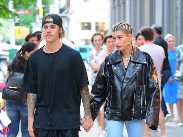 Justin Bieber y Hailey Baldwin ya pasean como dos tortolitos...