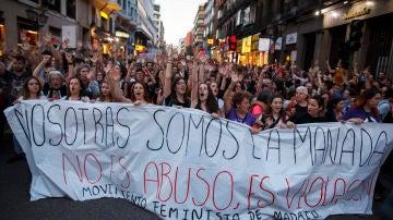 Colectivos feministas se manifiestan contra la puesta en libertad de La Manada