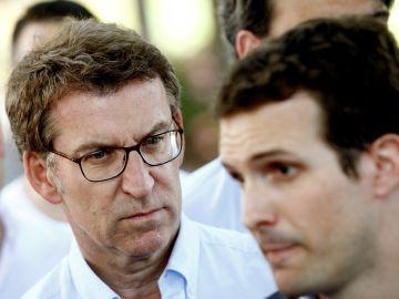 Pablo Casado junto a Alberto Núñez Feijóo en el primer acto de campaña del candidato