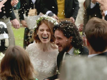 Kit Harington y Rose Leslie en el día de su boda