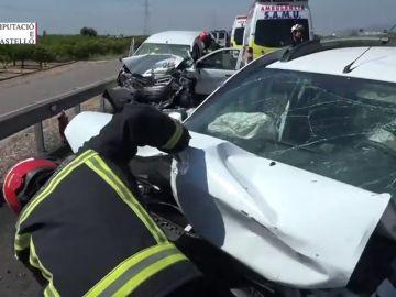 Fallece una mujer tras chocar su vehículo contra otro turismo en la N-340