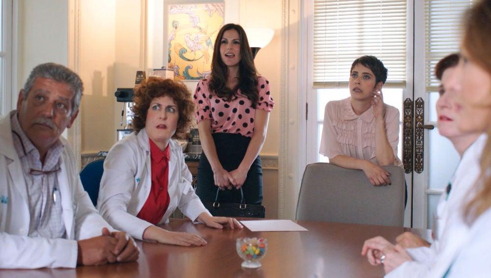 Carmen deja a todos en shock al presentar a la nueva directora de la clínica Híspalis