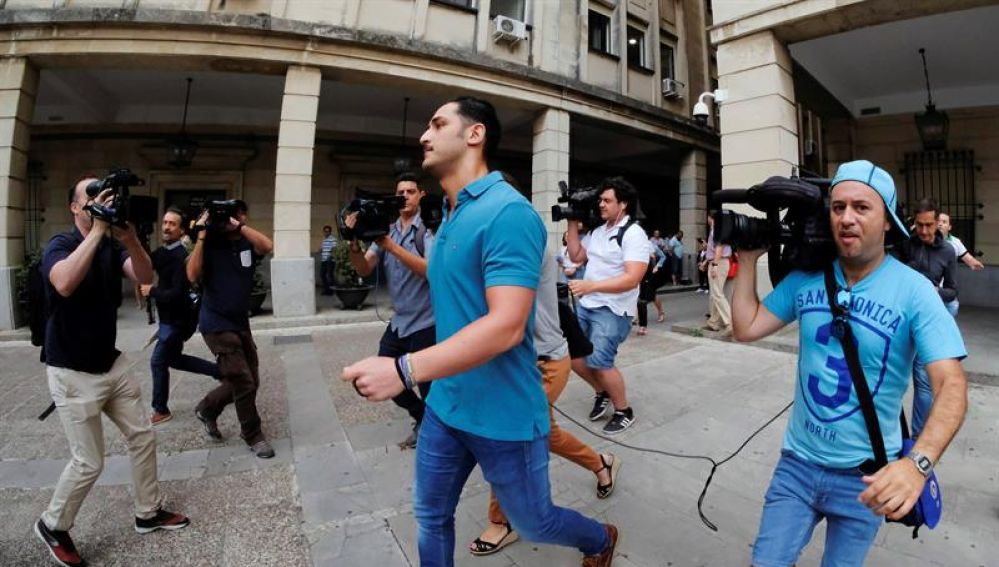 El militar de 'La Manada' llega al juzgado