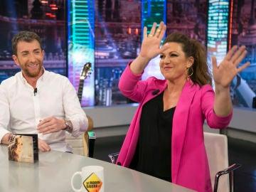 """Descubre la versión de Niña Pastori sobre la divertida historia con Pablo López en el baño de un tren: """"¡Menos mal que eras tú!"""""""