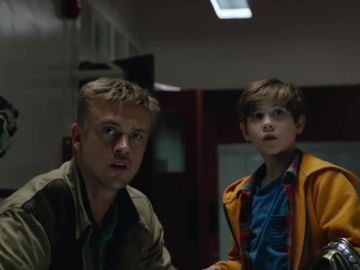 Olivia Munn, Boyd Holbrook y Jacob Tremblay en 'The Predator'