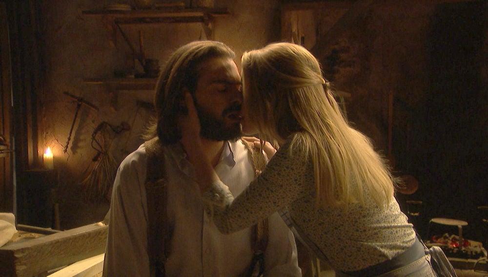 "Antolina, a un atormentado Isaac: ""Refúgiate en mí"""
