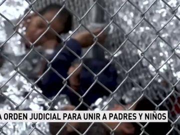 La Justicia de Estados Unidos ordena reunificar en 30 días a los menores separados de sus familias en la frontera