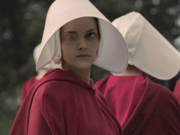 Madeline Brewer en 'El cuento de la criada'