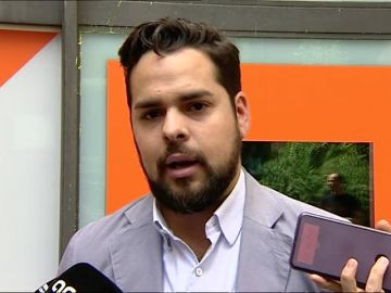 """Ciudadanos pide a Sánchez que no se reúna con Torra: """"Tiene como referente a Kosovo y ha insultado a los españoles"""""""